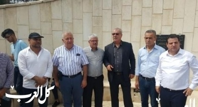 الناصرة: وفد من لجنة المتابعة بزيارة النصب التذكاري