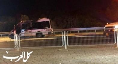 اندلاع النيران بحافلة ركاب على شارع 4 قرب عكا