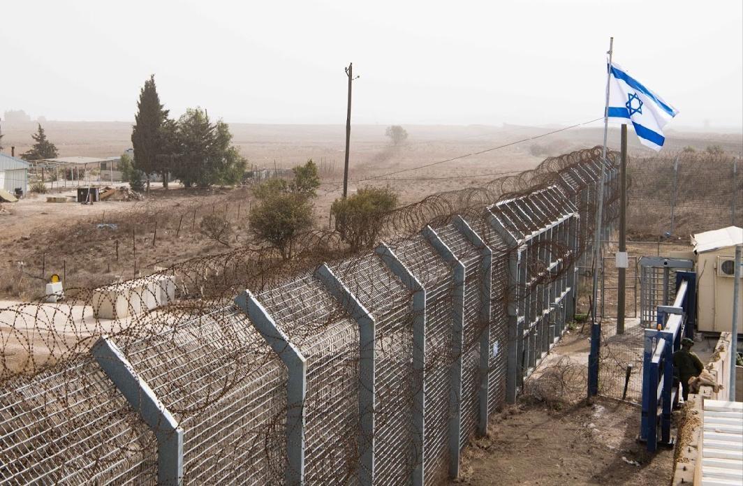 الجيش الاسرائيلي يعلن اعادة فتح معبر القنيطرة