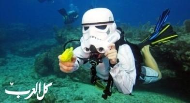 غواصون يحتفلون بالهالوين في قاع البحار