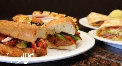 ساندويش الدجاج بصلصة البيستو..صحي ولذيذ