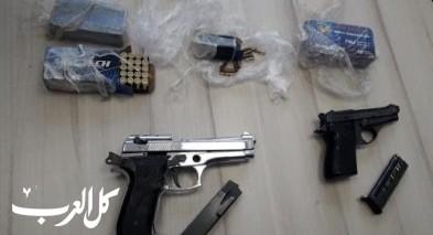 ضبط أسلحة ومخدرات في رهط وعرعرة النقب