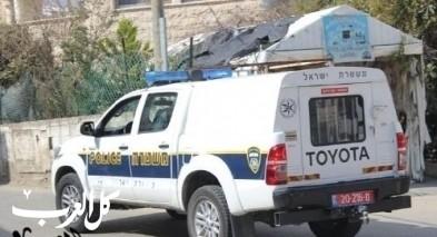 اعتقال 3 مشتبهين من وادي الحمام بالاعتداء على شابة والتسبب بإصابتها
