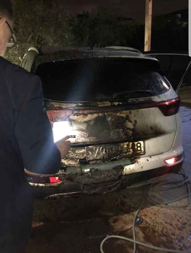 احراق سيارة معلم مدرسة في كفرمندا
