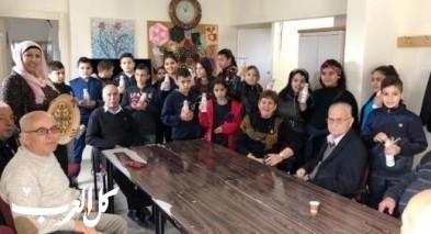 طلاب مدرسة شعب ب يزورون بيت المسن