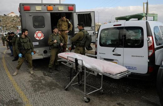 عملية بيت ايل: إصابة خطيرة لجندي طعنًا