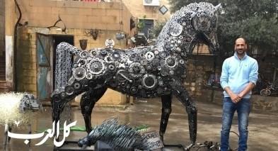 وسيم بقاعي يبدع في بناء مجسم لحصان عربي