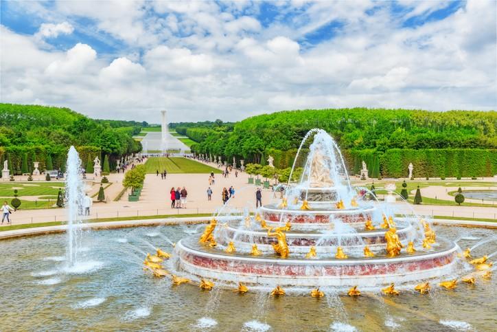 رحلة إلى مدينة فرساي الفرنسية