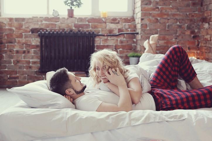 فوائد ممارسة العلاقة الزوجية بانتظام!