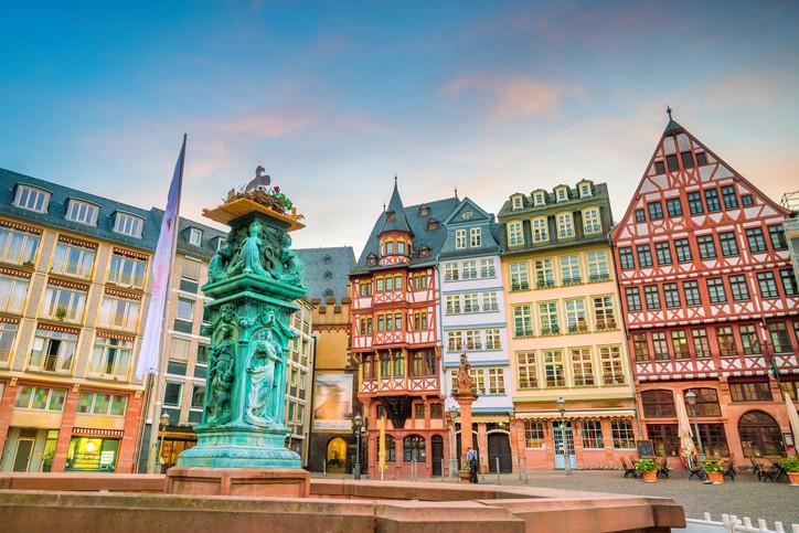 سافروا معنا إلى فرانكفورت العريقة