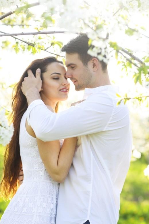 آدم: كيف تختار الزوجة المثالية؟