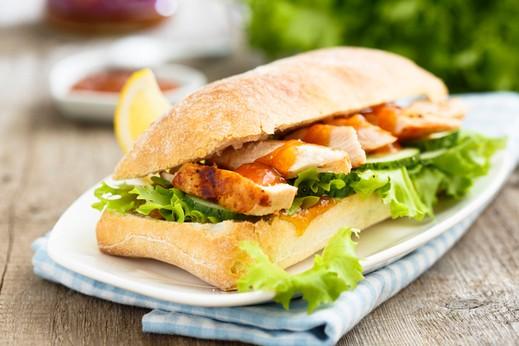 ساندويش الدجاج الصحي.. صحة وهنا