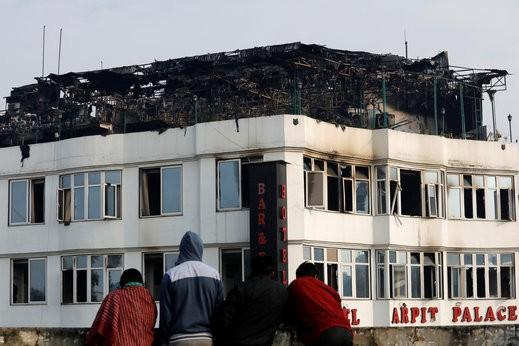 مقتل 17 شخصا في حريق شب في فندق بنيودلهي