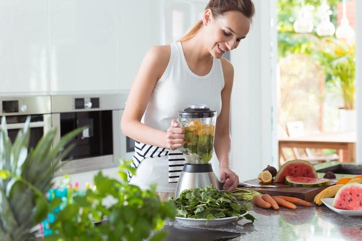 مشروبات ديتوكس لحرق الدهون وتنقية الجسم