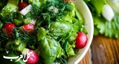 سلطة خضراء للرجيم.. صحيّة ومغذيّة