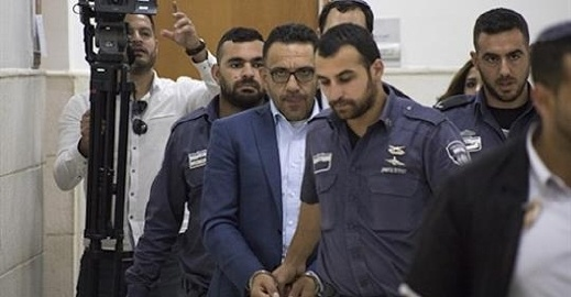 اعتقال محافظ القدس عدنان غيث بعد مداهمة منزله بسلوان