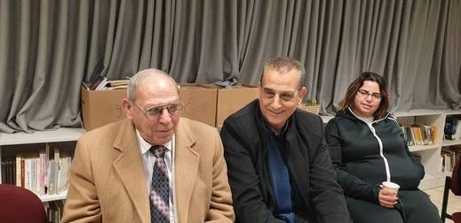 مجد الكروم: مناقشة كتاب جئتكم أغنّي لسيمون عيلوطي