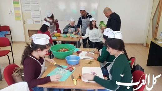 مجد الكروم: افتتاح دورة للطهي لمجموعة زهرة الامل