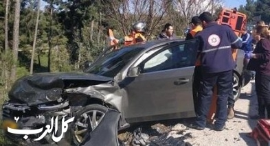 عين زيتيم: 3 إصابات في حادث طرق بين سيارتين