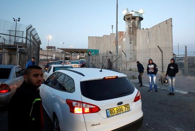 الجيش يعلن عن اغلاق المعابر في عيد المساخر | كل العرب