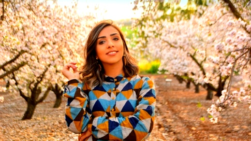 هديل ناصر خرمة: فكّروا خارج الصندوق