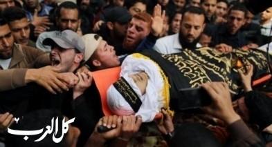 غزة تشيع جثمانيّ شهيديّ جمعة المسيرات خيارنا