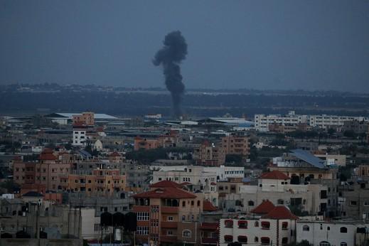 الجيش الاسرائيلي يشن غارات على غزة