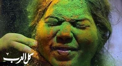 عالم من الألوان بمهرجان هولي في مومباي