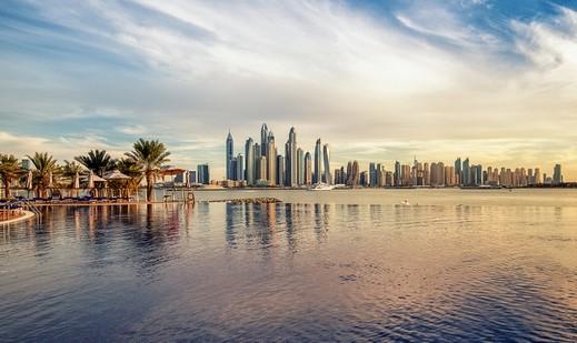 اقبال ياباني على السياحة في دبي خلال 2018