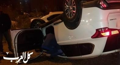 اصابة شخصين بحادث طرق على مدخل قرية المكر