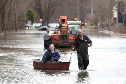 عاصمة كندا تعلن الطوارئ لارتفاع منسوب المياه