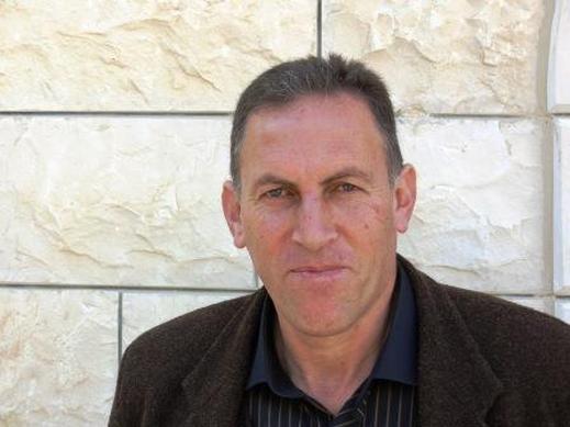 الروائي الفلسطيني يحيى يخلف/كتب: شاكر حسن