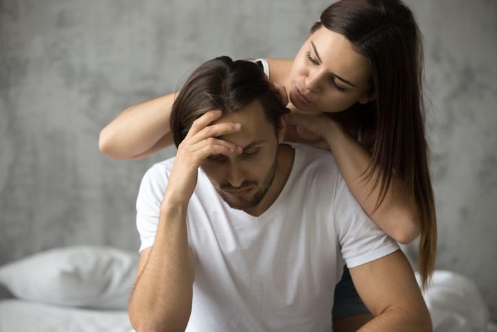 فكّري بإيجابية لعلاقة زوجية أكثر سعادة
