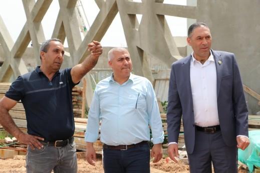 كفرمندا: رئيس المجلس يتفقد الاعدادية الجديدة