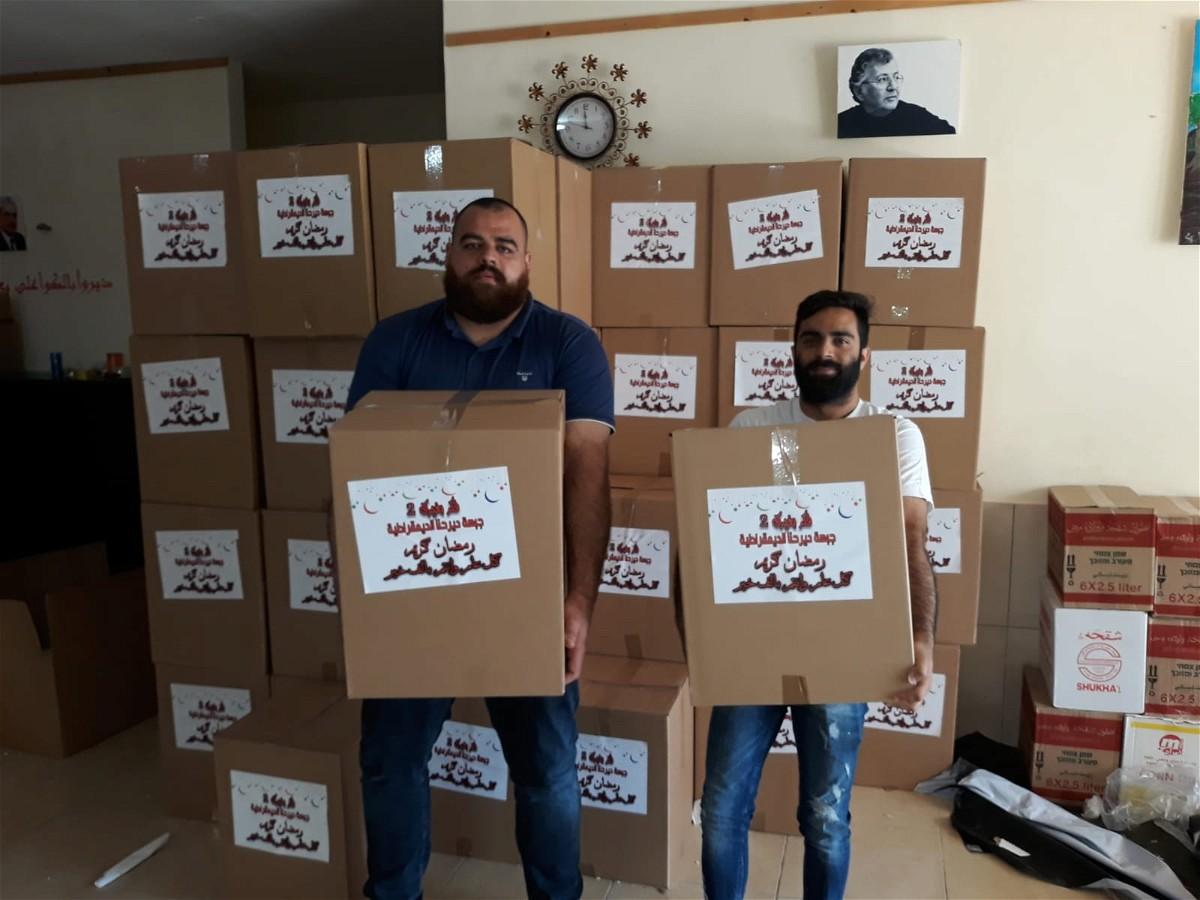 جبهة ديرحنا توزع الطرود الغذائيّة للعائلات المحتاجة