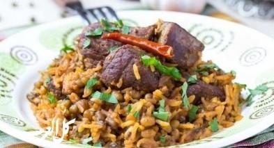 طريقة تحضير مندي اللحم من المطبخ الخليجي