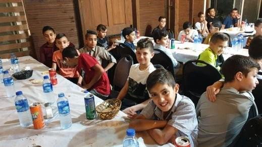 فريق النهضة النصراوي يقيم افطارا جماعيا