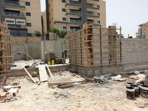 الناصرة:بناء مدرسة البيروني-ثورة الانجازات والمشاريع