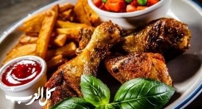 أفخاذ الدجاج المقلية بخلطة دبس الرمان