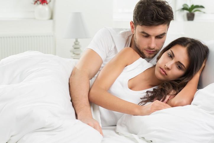 5 علامات لانعدام ثقتك بالعلاقة.. إحذريها