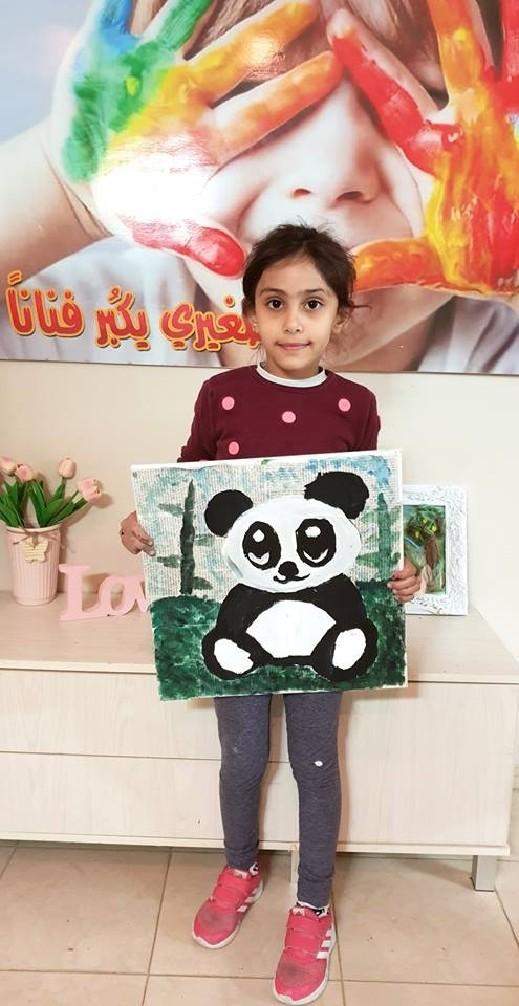 يوم الطفل العالمي: الطفلة سما بكر (7 سنوات) من طرعان