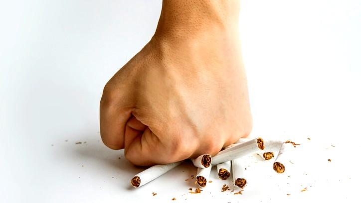 هذه الأطعمة تساعدك بالإقلاع عن التدخين