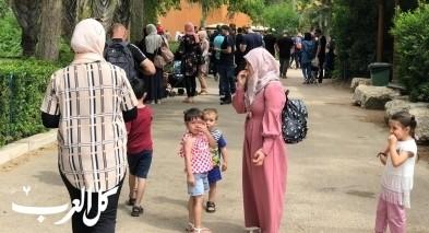 المئات يقضون عطلة العيد في حديقة الحيوانات