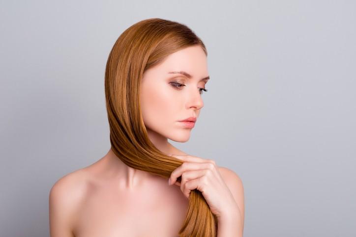 وصفة طبيعيّة لتفتيح لون الشعر