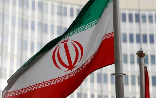 ايران: سنعمل على تسليح الفلسطينيين بالضفة