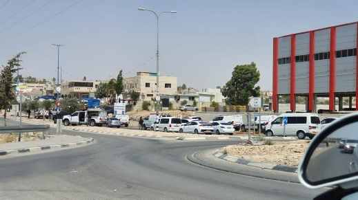 الشرطة تداهم حورة بعد خطف مسدس من شرطي