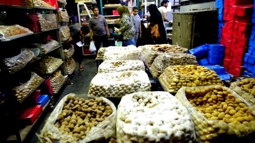 أجواء العيد في مصر لا تكتمل بدون الكعك!