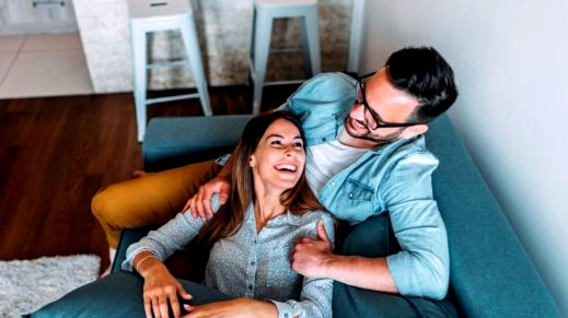 العلاقة العاطفية السعيدة تطيل العمر