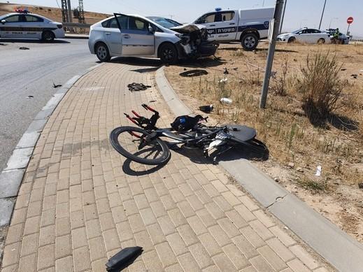 إصابة شاب في حادث طرق قرب اللقية