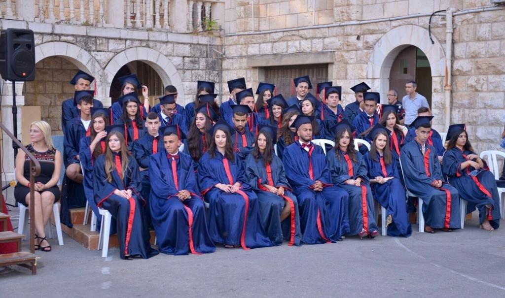 مدرسة التيراسانطة تخرّج فوجها الـ 68